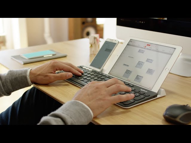 Logitech K780 Multi Device Bluetooth Keyboard integrates