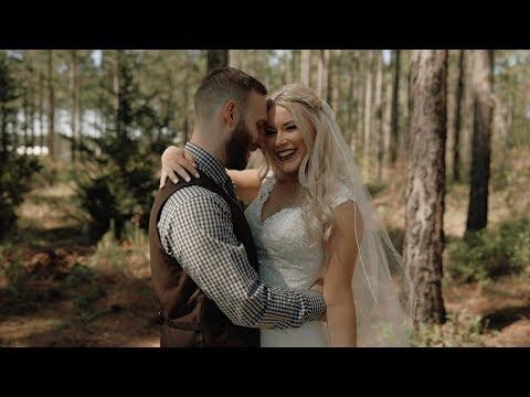 Peach Barn Wedding   Tifton GA   Hayley + Bryan