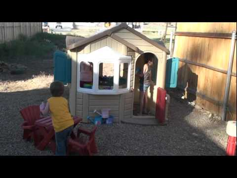 step2 welcome home playhouse review by christian clippers