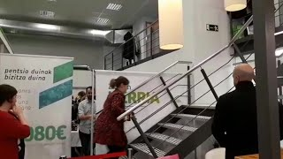 EH Bildu celebra los resultados electorales en su sede de San Sebastián