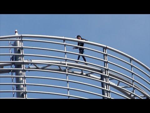 Ален Робер покорил парижский небоскрёб Tour T1 (новости)