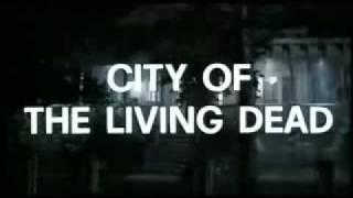 Miedo En La Ciudad De Los Muertos Vivientes (Paura Nella Città Dei Morti Viventi) (1980) - Trailer