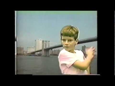 Grimes - Be a Body (侘寂) (Video)