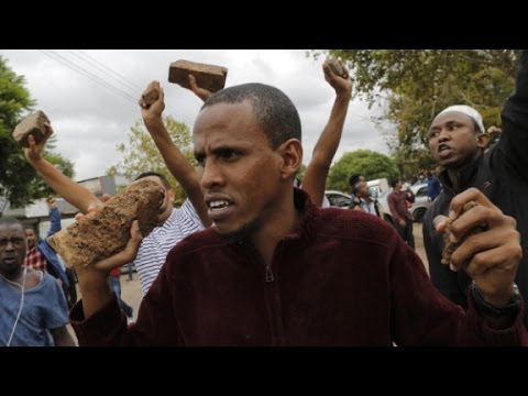 South Africa migrants and protesers clash