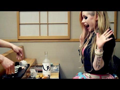 Avril Lavigne Racist?!