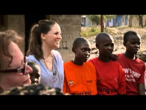 Hebammen in Ostafrika - AMREF Germany