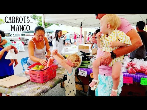 Babies Explore Hawaii Farmers Market 🍌🍉🍍