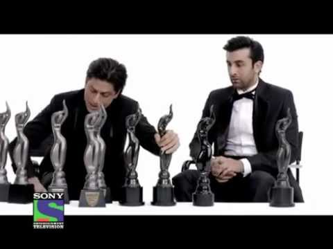 Filmfare Awards 2012 Shahrukh khan Vs Ranbeer Kapoor - YouTube