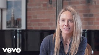 Lissie - Blood and Muscle (Track by Track)
