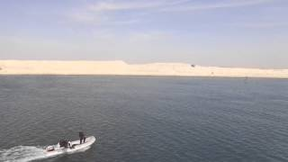 فيديو حفر قناة السويس الجديدة لقطة من قاطرة بقناة السويس الحالية