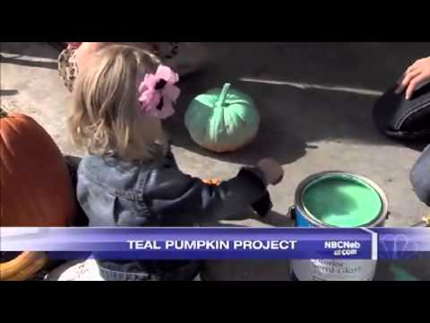 Fun New Way for Kids with Food Allergies to Trick-or-Treat / October 16, 2014
