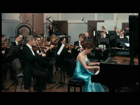 Edmonda Lam 林楓源 Yellow River Piano Concerto 黃河鋼琴協奏曲--第四樂章 ( The 4th movement)