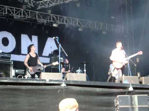 MONA - Teenager live @ Frequency 2011 mp3