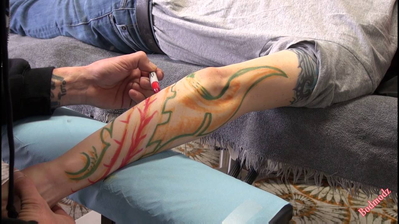 7a0663bb69809 Biomec FREEHAND arm TATTOO (real time tattoo) - YouTube