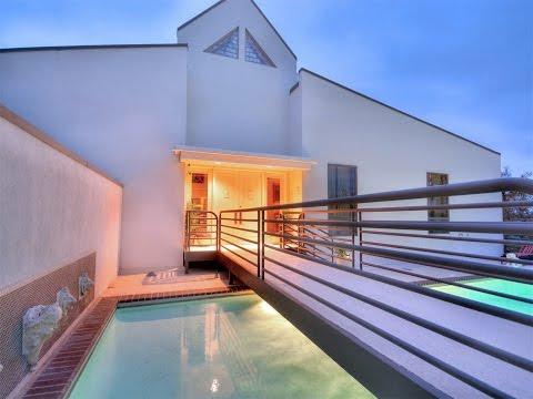 Timeless Modern Design in Austin, Texas