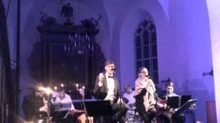 Karl-Erik Taukar  & Lenna Kuurmaa -  Väljas on külm sel ööl (Rakvere)