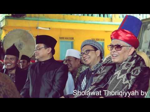 UST. LUKMAN NUR HAKIM - SHOLAWAT THORIQIYYAH BY TQN PP SURYALAYA