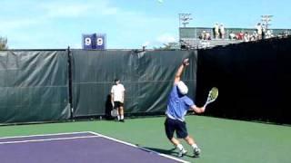 Andy Roddickのサーブ練習