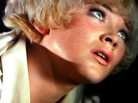 Linda Thorson As Tara King/Tan Leather