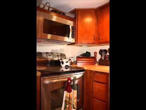 Real Estate - 181 Church Street, Hoosick Falls, NY 12090