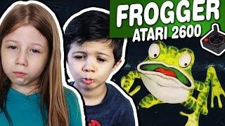 FROGGER - ATARI 2600 - Crianças de 4 Anos Jogando Atari e comentando!