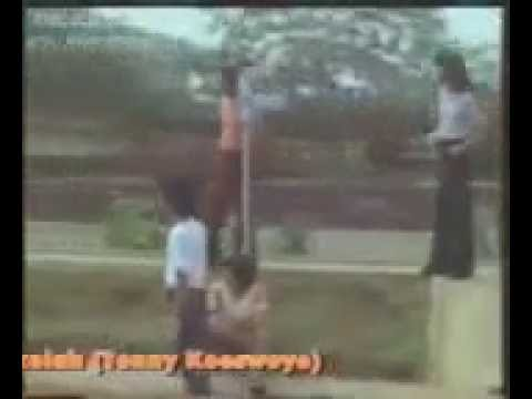 Koes Plus~Bis Sekolah (Original Clip)