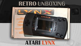 Atari Lynx 2 (1991) - Reтro unboxing and review. (The first colour handheld console)