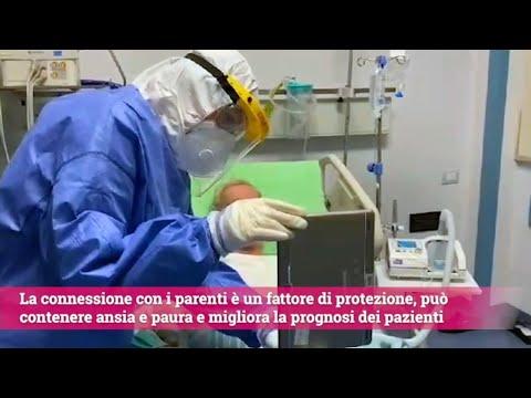'Ciao nonno, ti vogliamo bene': le videochiamate ai pazienti con coronavirus al Policlinico di Bari