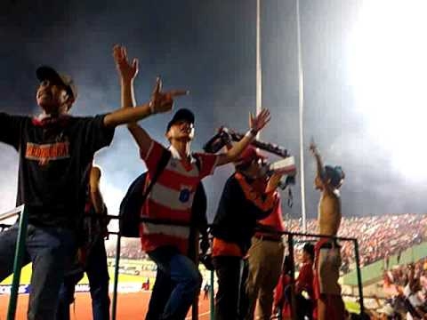 CURVA SUD PERSIJA ON TOUR SOLO ALE (lima november)