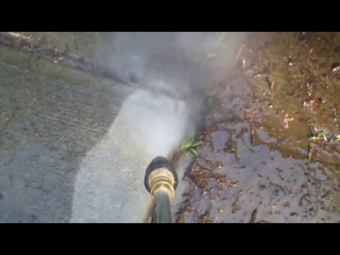 Pressure Washing a Large Stain Out of my Concrete Driveway