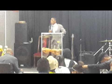 Youth Pastor Grant Mack: God is not in the Storm (Die Here is nie in die Storm nie)