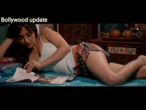 Neha Sharma boobs clearly visible