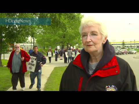 Canada Post Strike, Calgary, Ab, June 2011 - HDindieNews