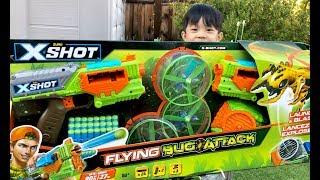 NERF WAR - X-shot Flying Bug ATTACK - Kids Fun BLASTER BATTLE from Zuru Toys - Nerf Toys for Kids
