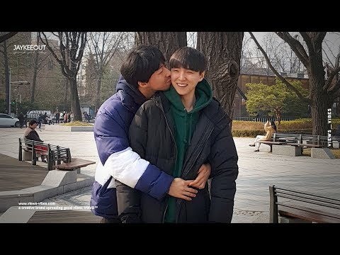 👨‍❤️‍💋‍👨 gay couple kissing in front of koreans | social experiment