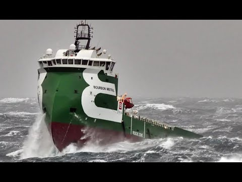 Top 10 ships in storm Part 2 Terrifying Monster Waves