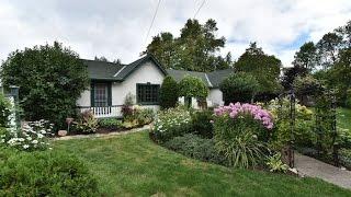 76 Lake Drive East, Georgina, Cottage for sale