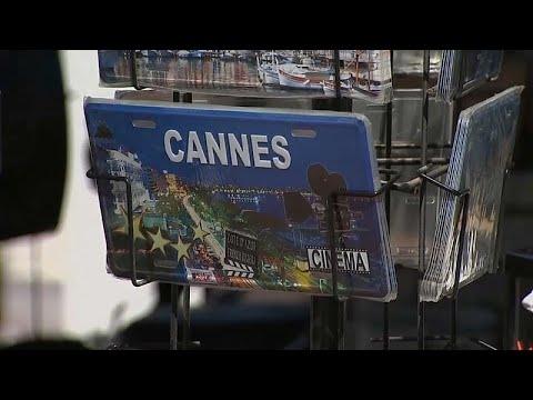 شاهد: الاستعدادات على قدم وساق لبدء مهرجان كان السينمائي…  - 23:55-2019 / 5 / 13