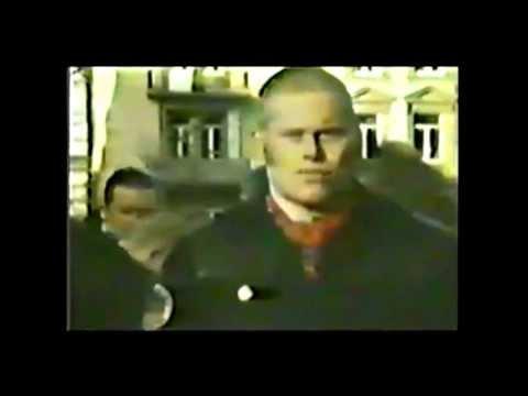 Kevin Russell 1983 Frontmann der Band Böhse Onkelz . Blutjung und ehrlich im Interview .