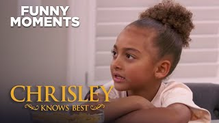 Chrisley Knows Best | Todd And Julie Tell Chloe Her Fish Is Dead | Funny Moments | S7 Ep5