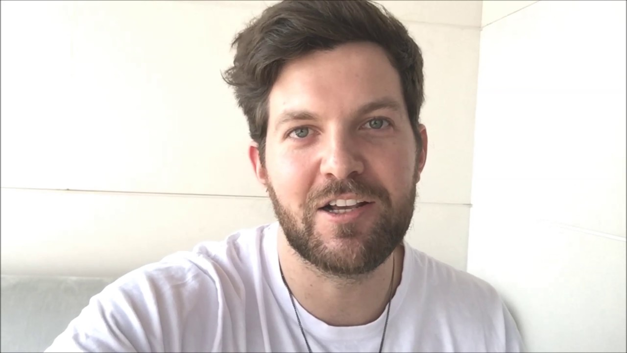 Dillon Francis wishes you a Merry Christmas and Happy New Year ...