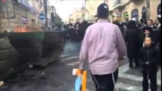 Israeli Cops Rough Up Frum Man At Protest In Kikar Shabbos