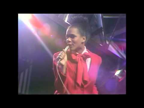 The Selecter - Whisper -  TOTP 1980
