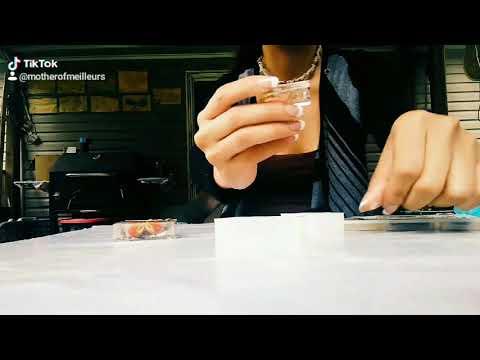 Snake skin pendents resin epoxy demolding time lapse
