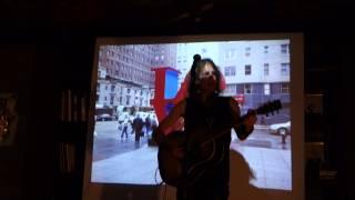 1. Alex Carlin выступил с концертом в теплой компании Типографии(, 2014-04-22T04:30:39.000Z)