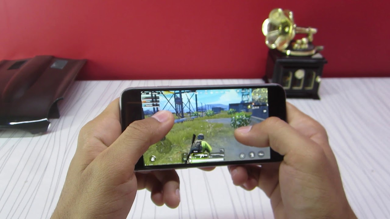 PUBG on iPhone 6 | Gaming Review!