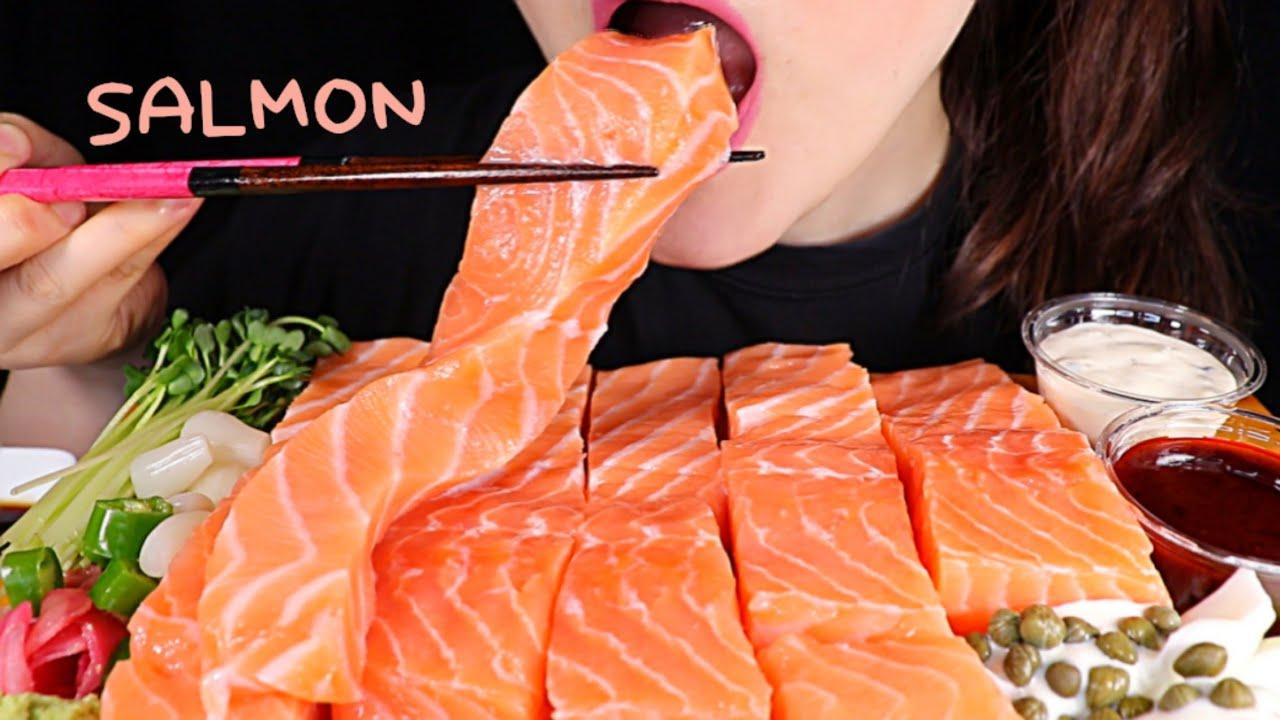 "ASMR ""SALMON moist"" 연어회🧡 BIG BITES! 크게 한입 ASMR MUKBANG EATING SOUNDS   Sua ASMR 수아"