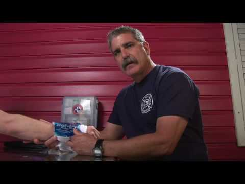 basic-first-aid-:-how-to-treat-a-sprained-wrist