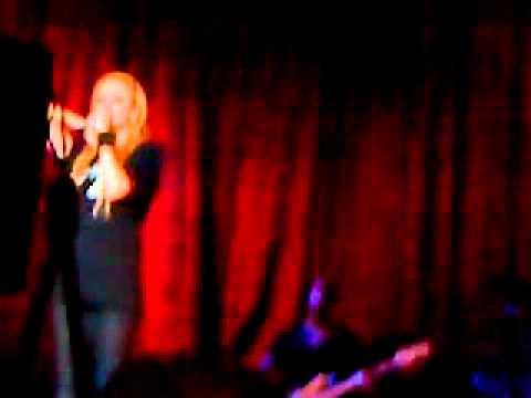 Avril Lavigne Caracas The Black Star Tour 18/07/11 Complicated