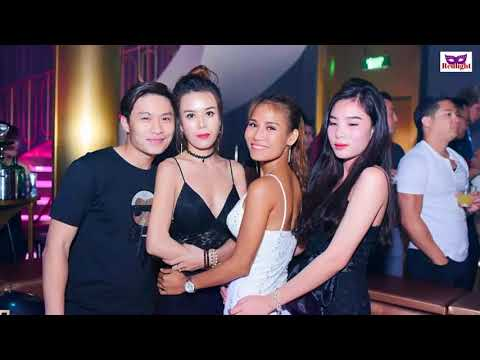Envy Club Nightclub In Ho Chi Minh City Vietnam Dance Girls at Night
